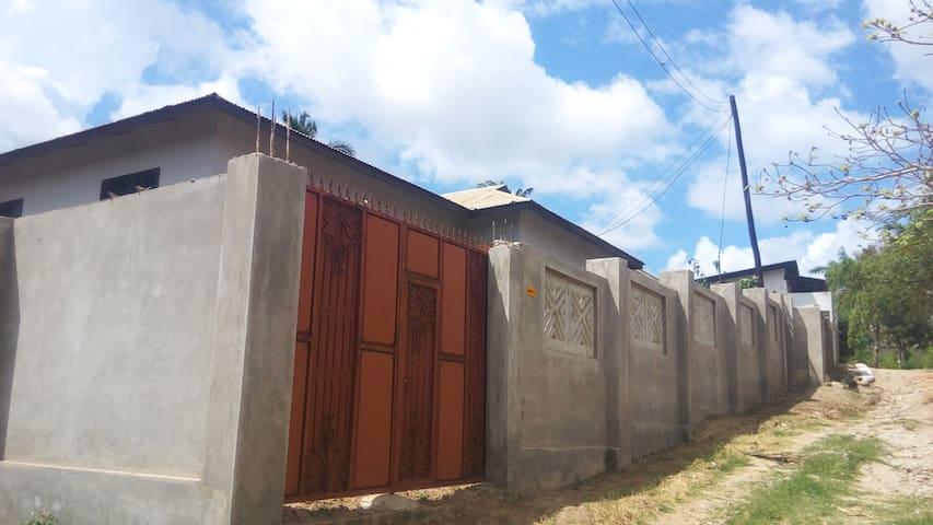 Mbezi Msigani Fenced House with Servant Quarter