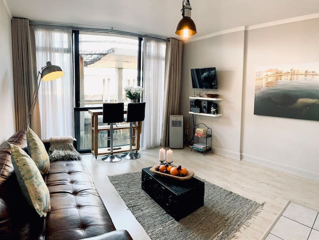 Trendy Urban Apartment in Cape Town City Centre