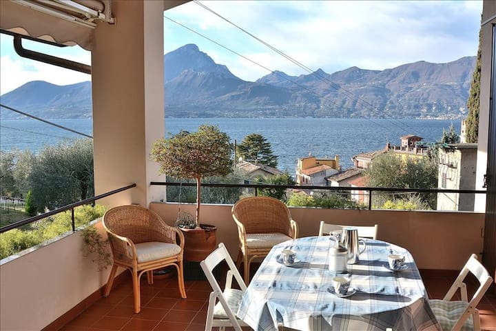 Casa Beatrice 5 Sleeps Apartment Very Close The Lake In Pai di Torri del Benaco - Pai - Byt