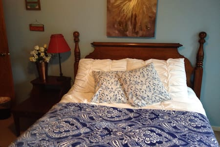 $39 Comfty bedroom in shared home. - Gresham