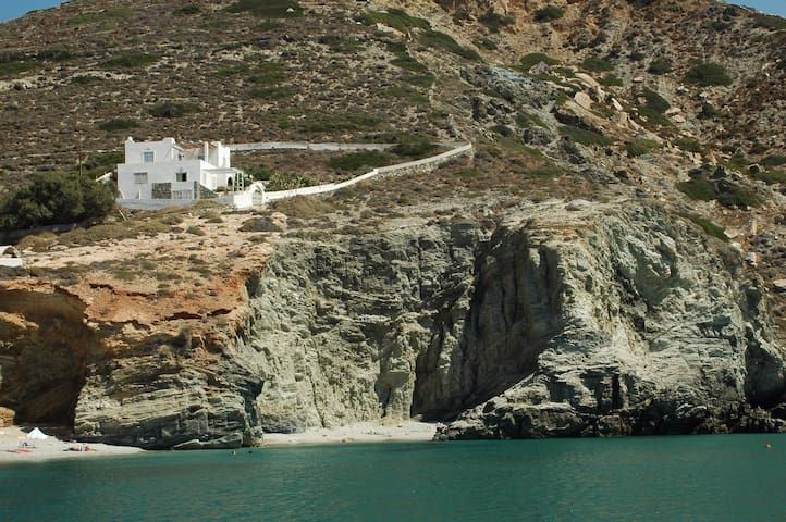 Deep Blue House in Folegandros - Folegandros - Villa