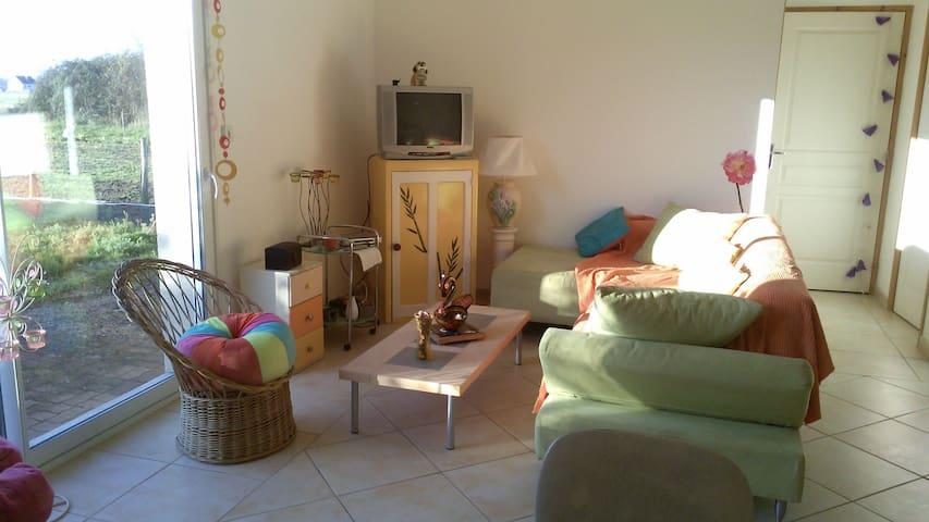 maison meublée à la semaine - Restigné - Casa