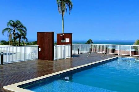 Aconchegante apto Mar Azul piscina e playground