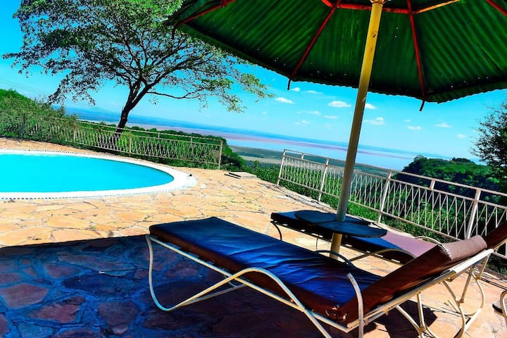 Lulimac Lake Manyara(LLM) Lodge