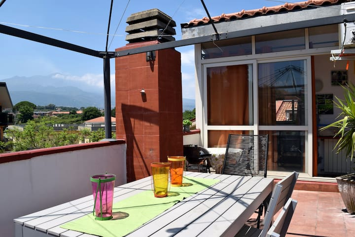 Luminous(roof)app., spacious terrace with EtnaView - Acireale - Apartamento