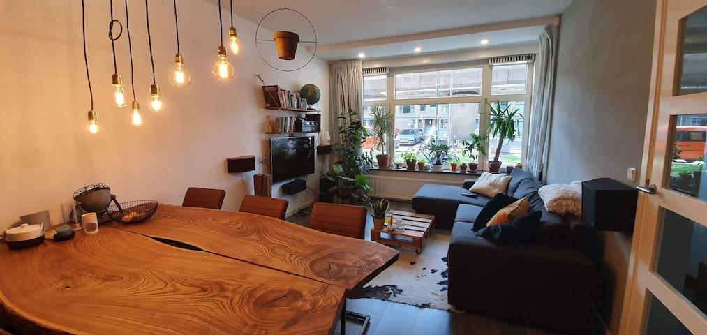 Cosy appartment, 8 minutes walk from Songfestival!