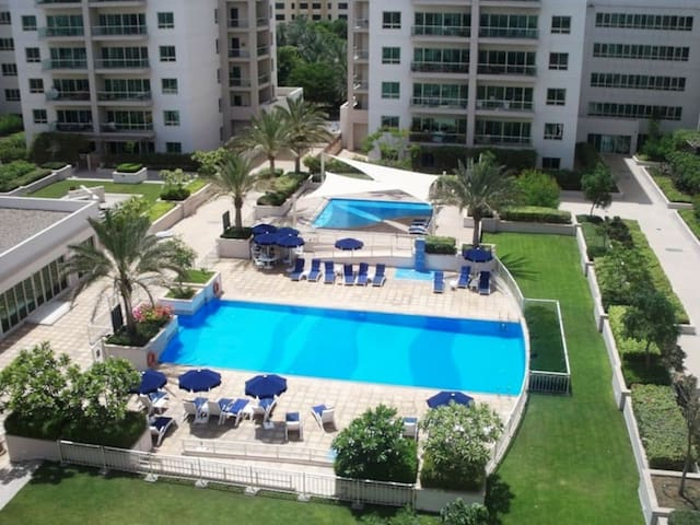 1 bedroom in GREENS with park view