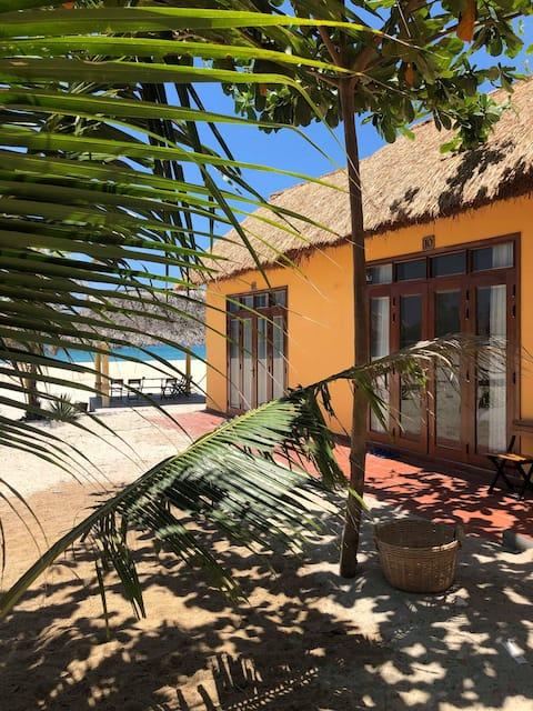 Deluxe sea view bungalow