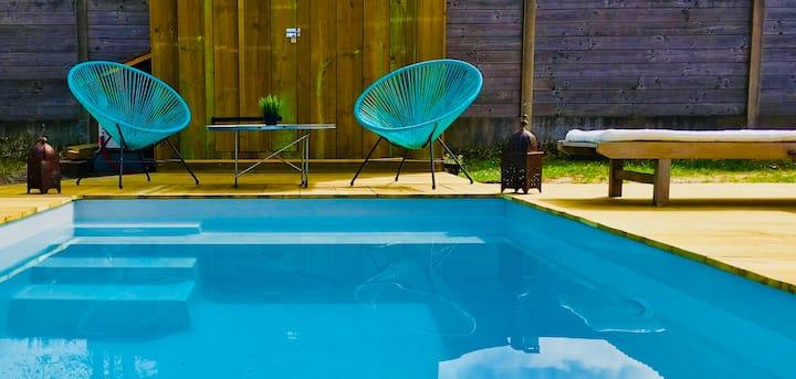 Maison bois avec piscine chauffée. Capbreton.