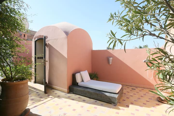 Rent the whole riad, 7 minutes from Jemaa El Fna