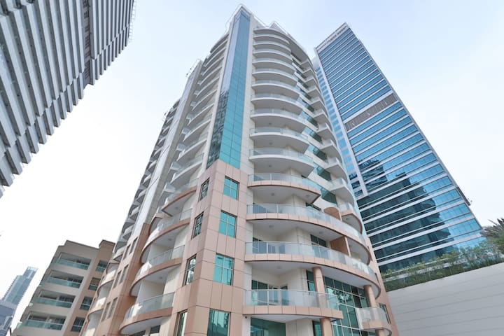 On offer Aed 269 only furnished 1 BHK@dubai Marina