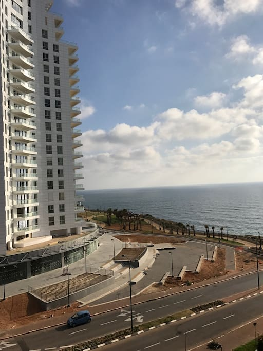 Exquisite room with colorful sea view appartements for Appartement israel netanya