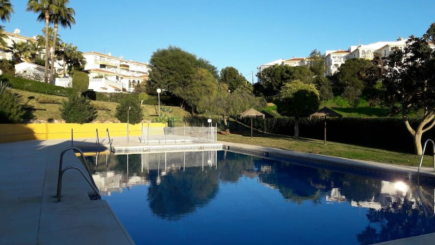 2 double bed apartment with pool. 45sqm,ground fl - Mijas - Casa