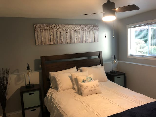 """Guest room with Queen size bed, 43"""" Roku TV and dedicated closet for your belongings."""