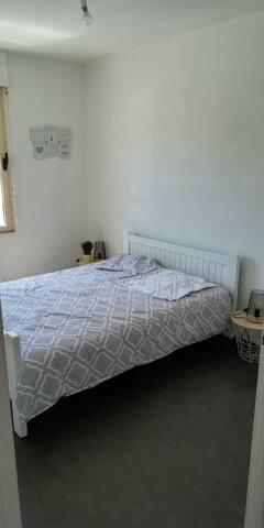 Chambre séparée lit 140x190