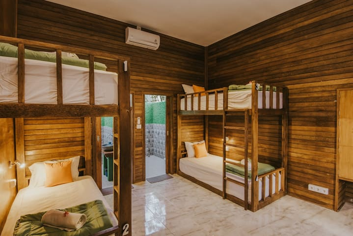 Sharing Style Room in Lembongan 2