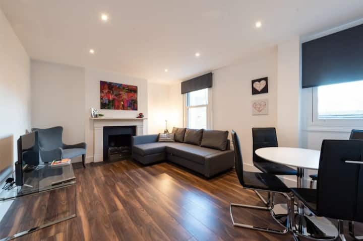 Beautiful Hyde Park Apartment (SS3)