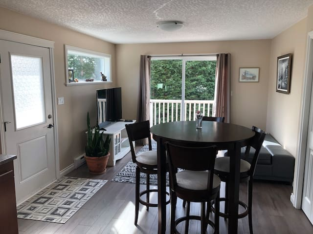Driftwood, Travelers' Retreat, 2-bdrm suite, Sooke