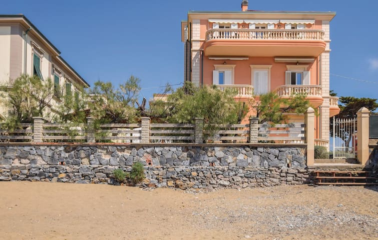Holiday apartment with 2 bedrooms on 65m² in San Vincenzo -LI-
