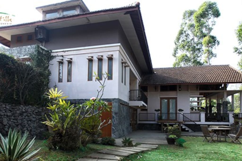 Imah Hills Villa in Pangalengan