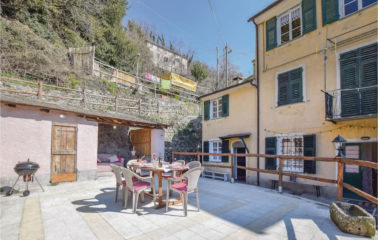 Terraced house with 2 bedrooms on 90m² in Borzonasca -GE-