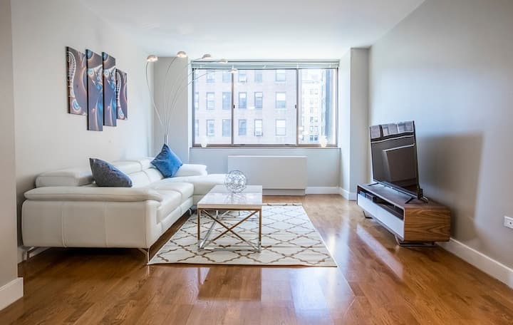 Luxury UWS 1 Bed w/ Gym, Laundry, Rooftop #6109