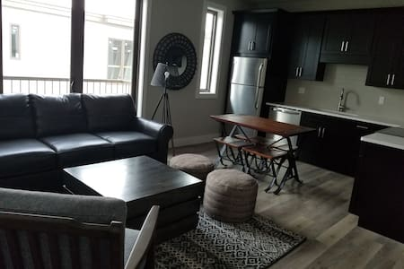 Trendy BRAND NEW Downtown Condo-Walk to it ALL!