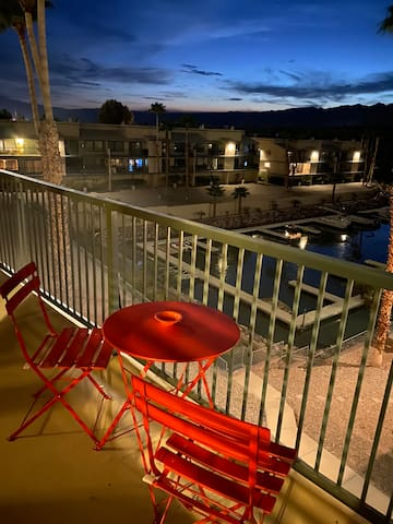 Beautiful 2 bedroom 2 bath condo with water view