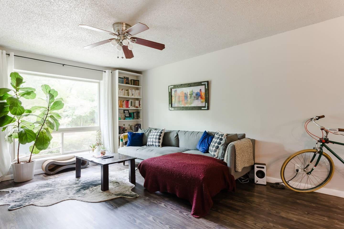 Bright and modern, open-plan living room. The perfect place to chill after a hot day out exploring Austin.
