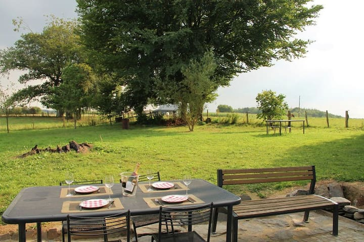 Detached holiday home with sauna and open fire, near Houffalize