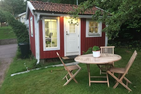 Cottage at Apple street - Göteborg