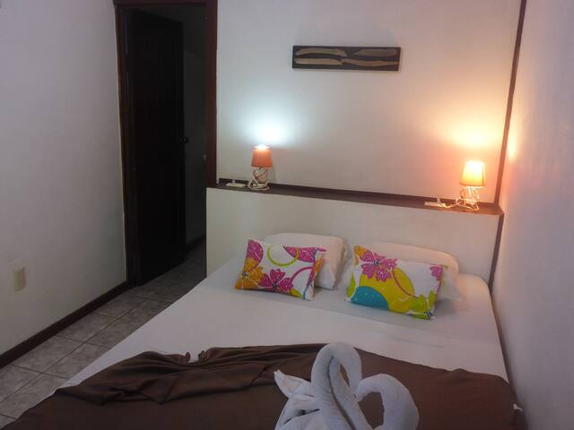Small Budget Double Room Aracari Garden Hostel