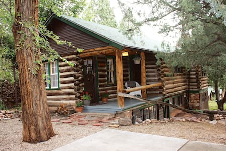 Keithley Pines Bristlecone Cabin - Manitou Springs