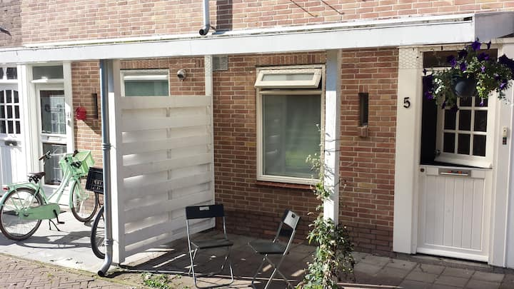 All-in family house next to Alkmaar centr. station