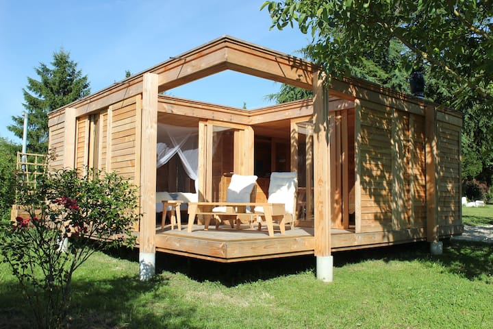 «La cabane», un logement insolite à la campagne.