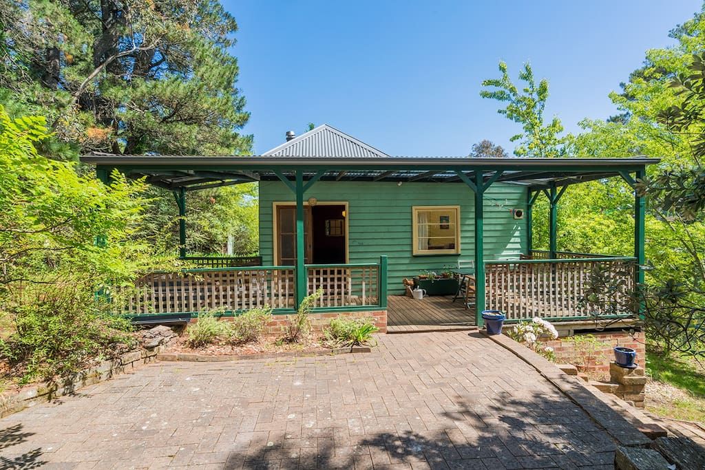 Cooee cottage cottage in affitto a katoomba nuovo for Piani casa del sud del cottage