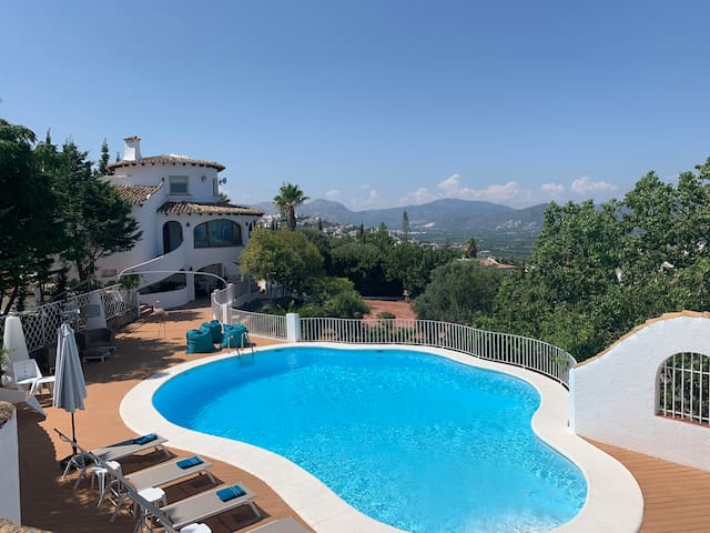 Villa lujo a estrenar,con vistas Max20 Ideal Grupo