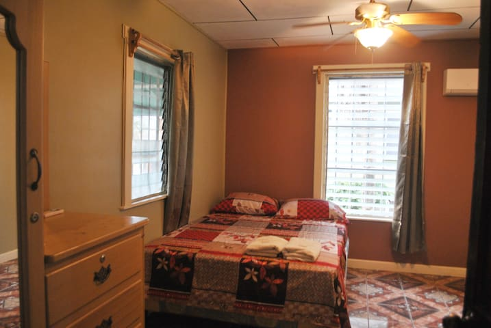 2 Bedrooms apartment with AC.