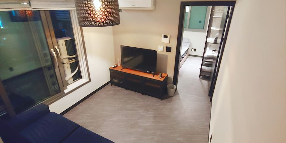 a room close to COEX, wide and clean room!!