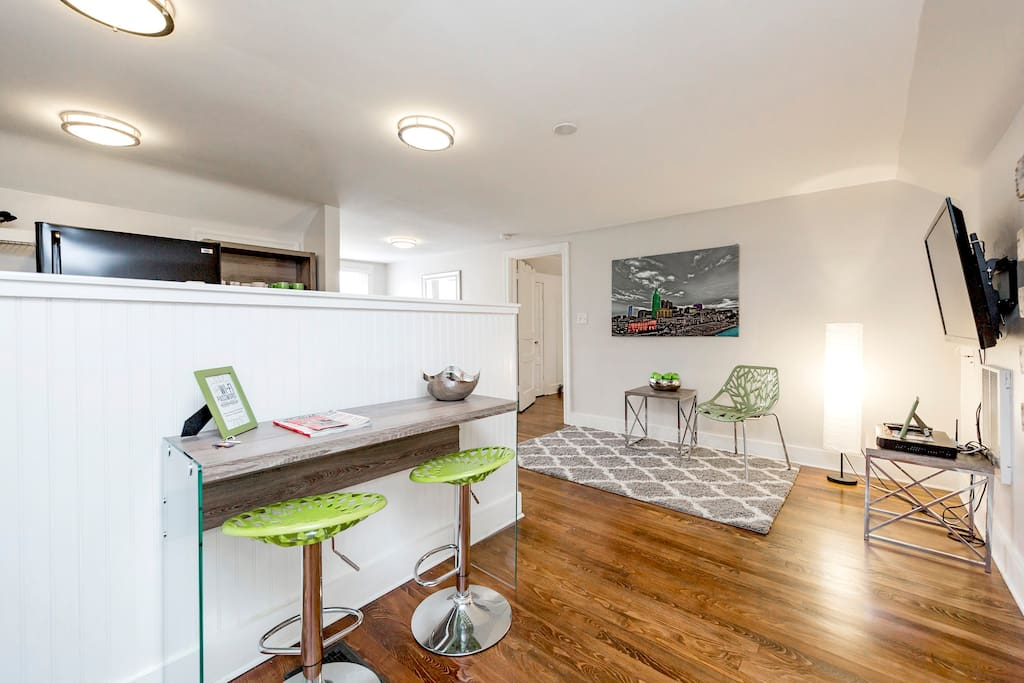 Open Concept with Flatscreen in East Nashville!