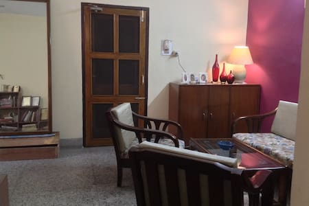 The flat 104 cosy nook @ surya apts with parking - Guwahati - Apartmen