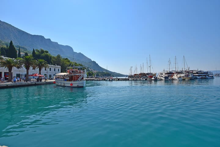 One bedroom Apartment, 100m from city center, seaside in Omis