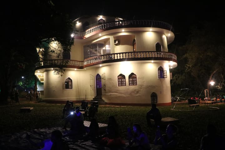 A night at the Museum @ Sensistan Goa