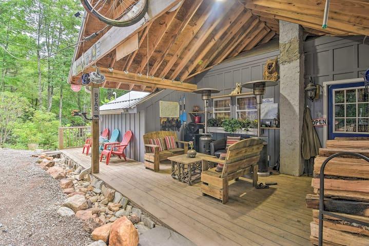 10-Acre Cloud Mountain Sanitarium by Bike Trails!