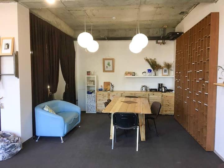 Уютная квартира-студия с видом на Байкал