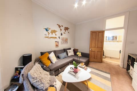 BOOK NOW - Quirky Cosy 1BED flat in Covent Garden