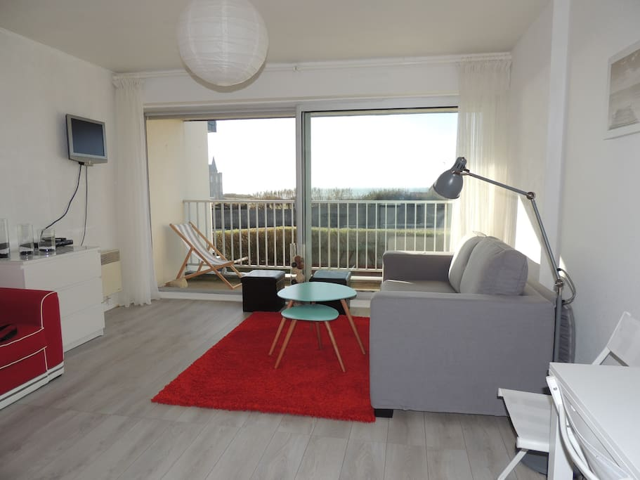 Studio design quiberon vue mer condominiums for rent in - Residence principale don taylor design ...