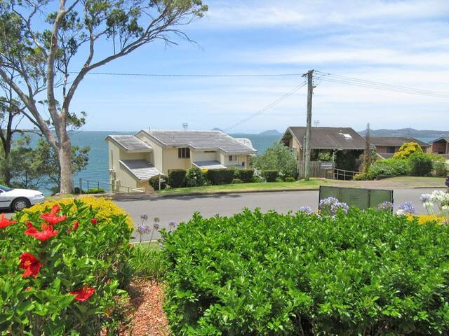 Outstanding Location - Soldiers Point - Apartment