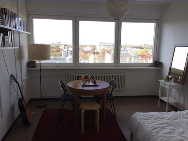One room apartment near Brandenburger Gate