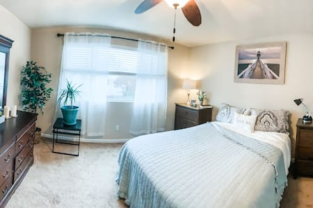 Well-Appointed Puyallup Retreat